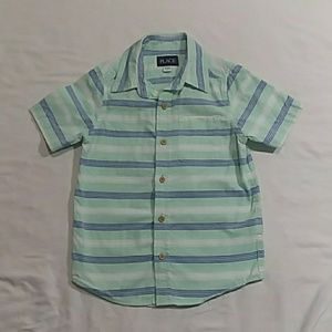 Place short sleeve button shirt size S 5/6